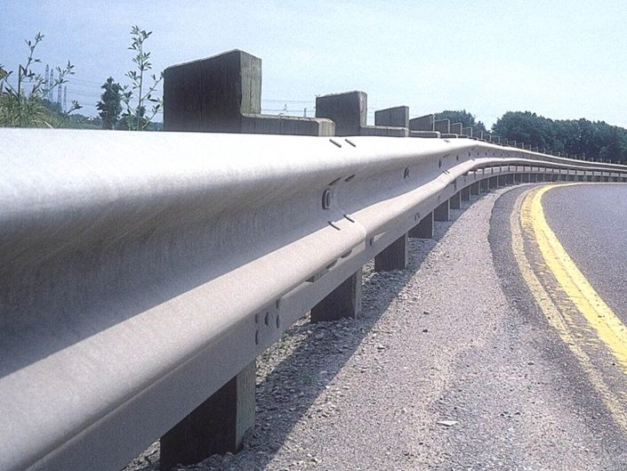 Jual Guardrail Pembatas Jalan Sidoarjo Termurah Dan Awet