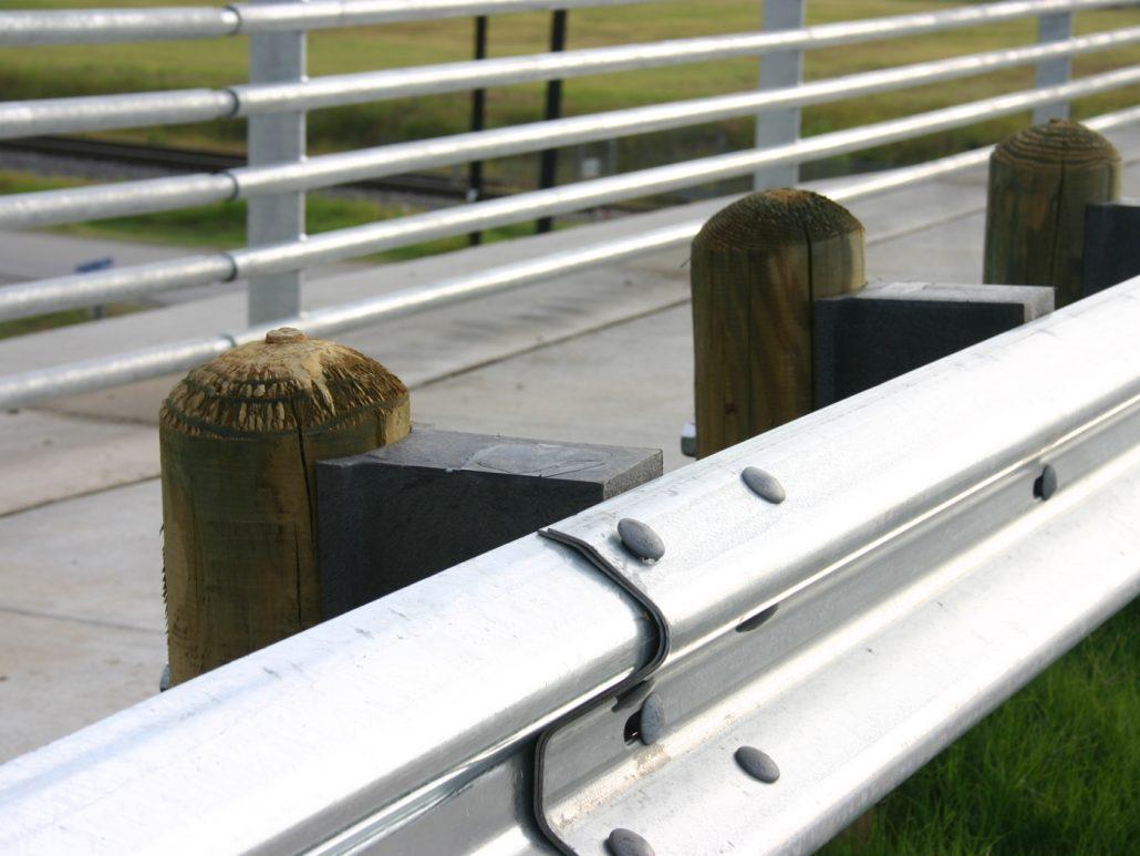 Pembatas Guardrail Untuk Jalan Dan Tol Guardrail